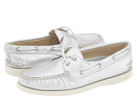 002a08fa33 Weekend Deal  All Sperry Shoes 60% Off at 6pm.com - The Budget Babe ...