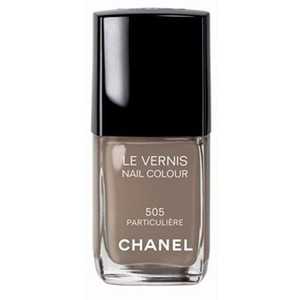 The Look for Less: Chanel Nail Color in Particuliere