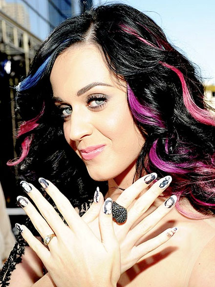 Get Katy Perrys Mtv Video Music Awards Nail Look The Budget Babe