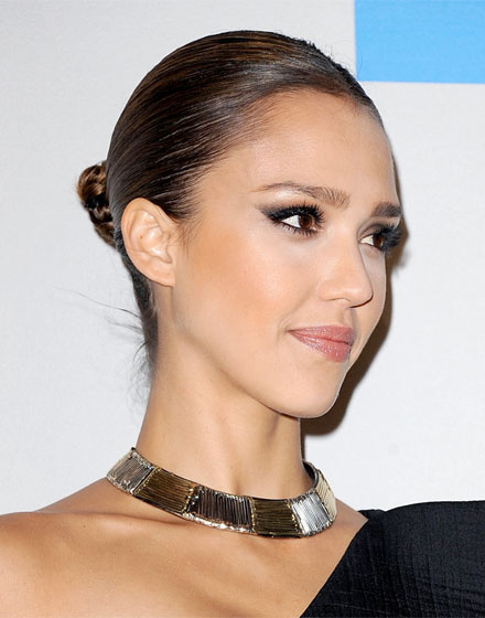 Jessica Alba Hairstyles In Honey. jessica alba updo oscars.