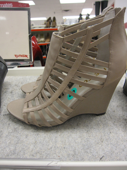 248512835e93 Off the Rack  March Shoes at T.J. Maxx - The Budget Babe ...