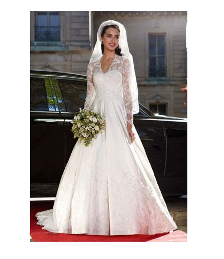 Kate Middleton Gown Wedding: Get Kate And Pippa Middleton's Royal Wedding Dress Looks