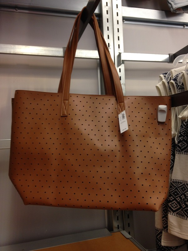 Old Navy spring fashion highlights include this perforated tote bag
