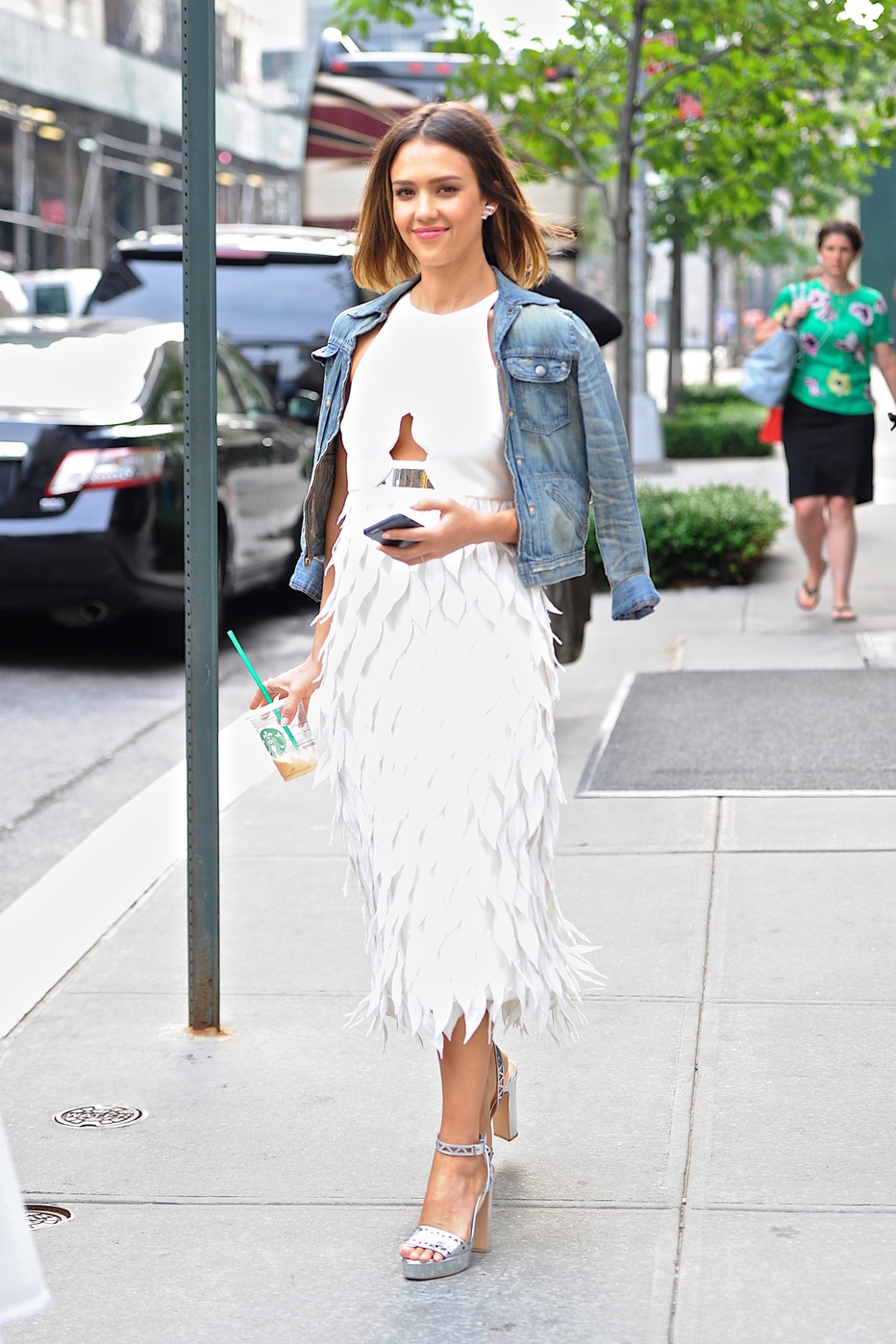 Jessica Alba - The Budget Babe | Budget Fashion & Style Blog