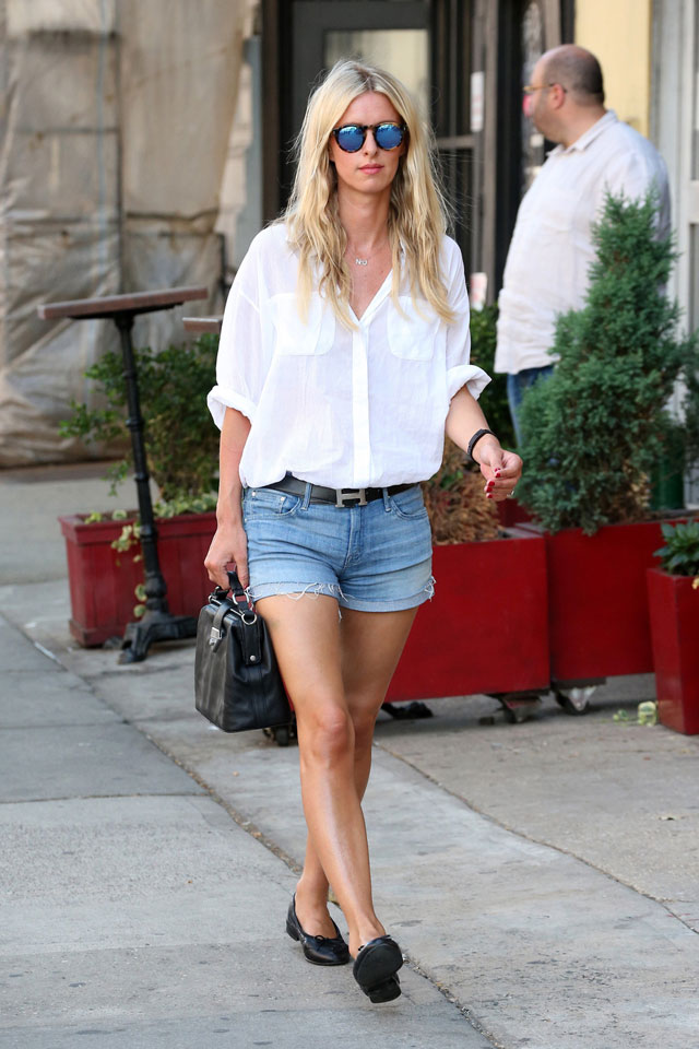 Nicki Hilton's white blouse and cuffed short with black structured bag and black ballet flats, Hermes belt