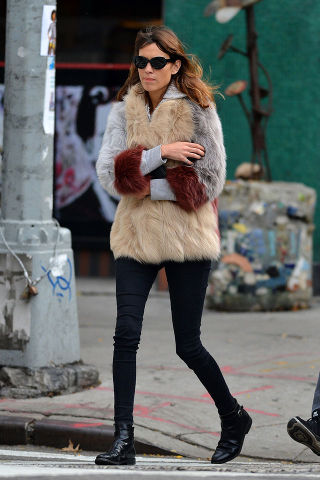 Alexa Chung's fur vest, skinny jeans and black ankle boots fashion style look