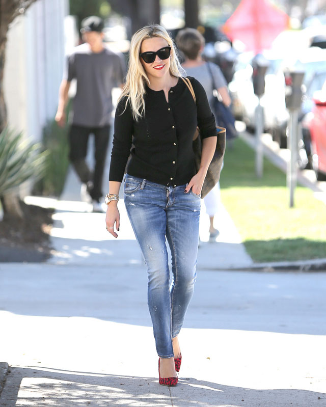 Reese Witherspoon's black cardigan and red print heels outfit idea