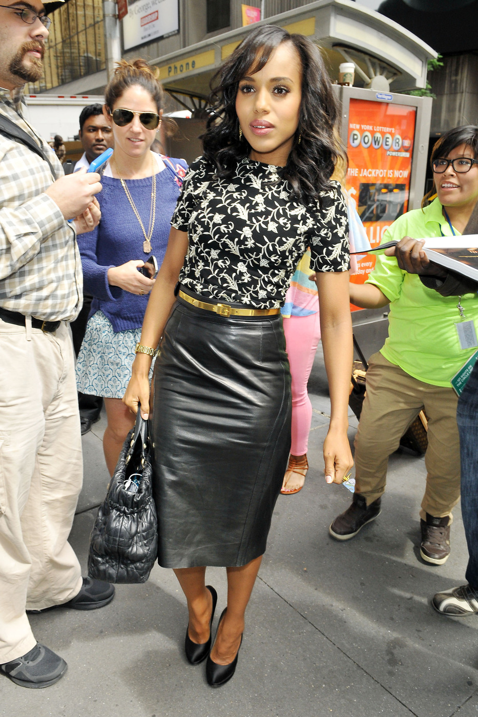 Kerry Washington Look for Less