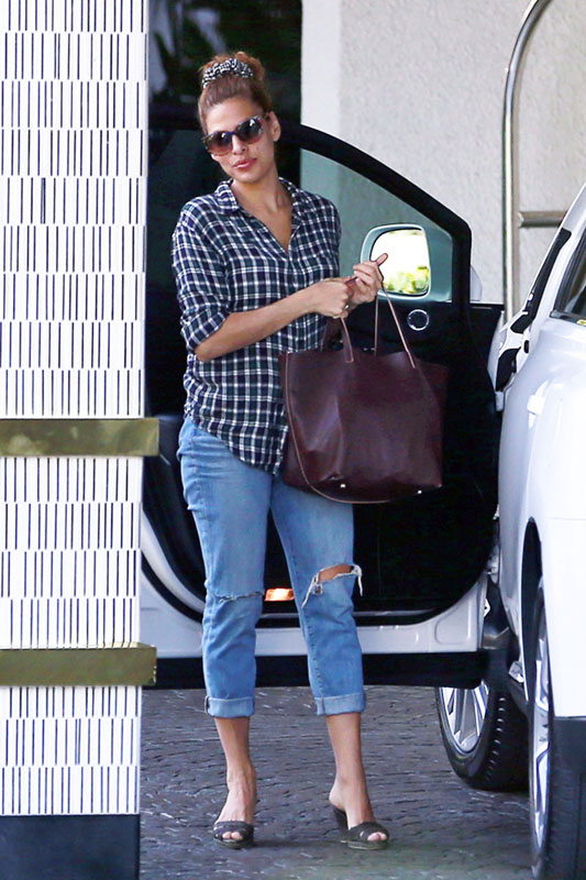 Eva Mendes' casual style