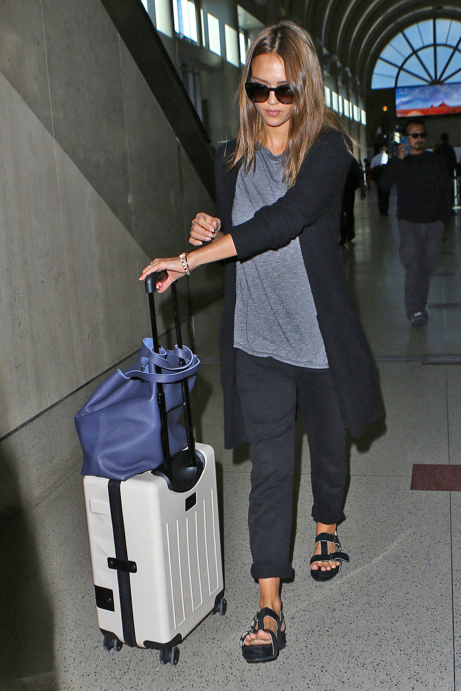 Jessica Alba Look for Less