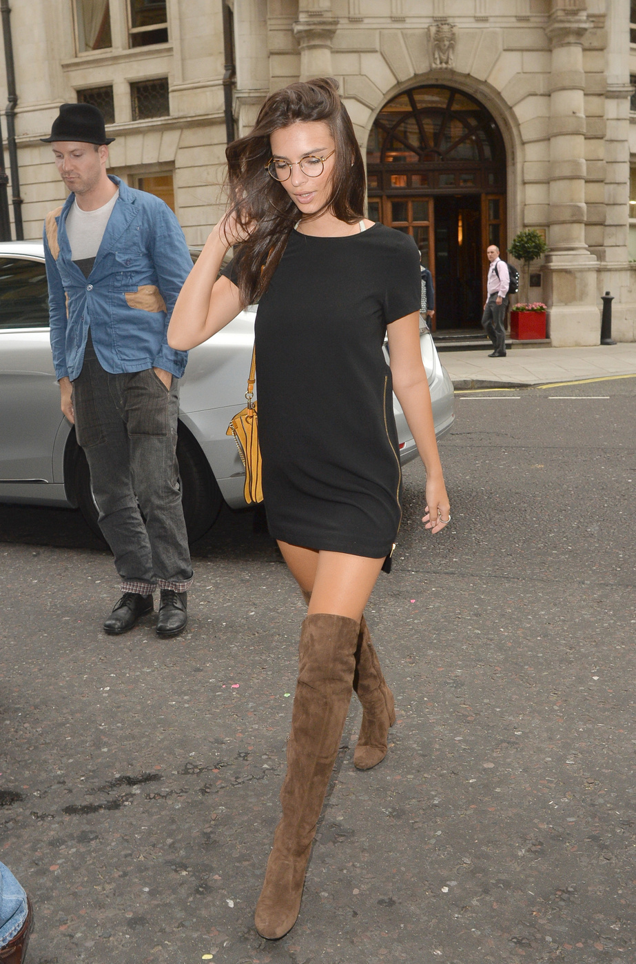 Emily Ratajkowski Look for Less