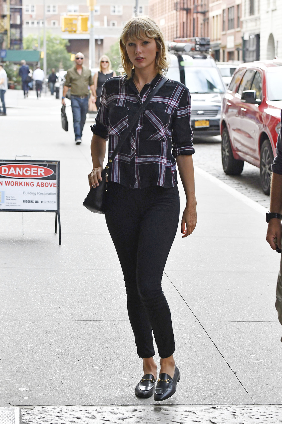 Taylor Swift Casual Fashion Style Plaid Shirt And Loafers