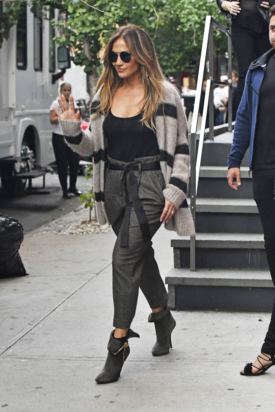 e4a6e28bc9ba Jennifer Lopez - The Budget Babe | Affordable Fashion & Style Blog