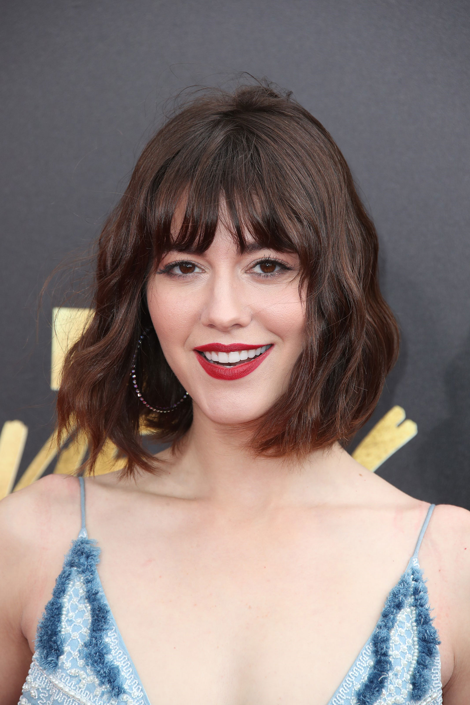 Mary Elizabeth Winstead bob with bangs