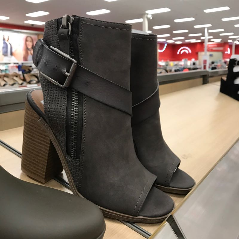 This fashion bloggers stalks Target for the best shoe picks.