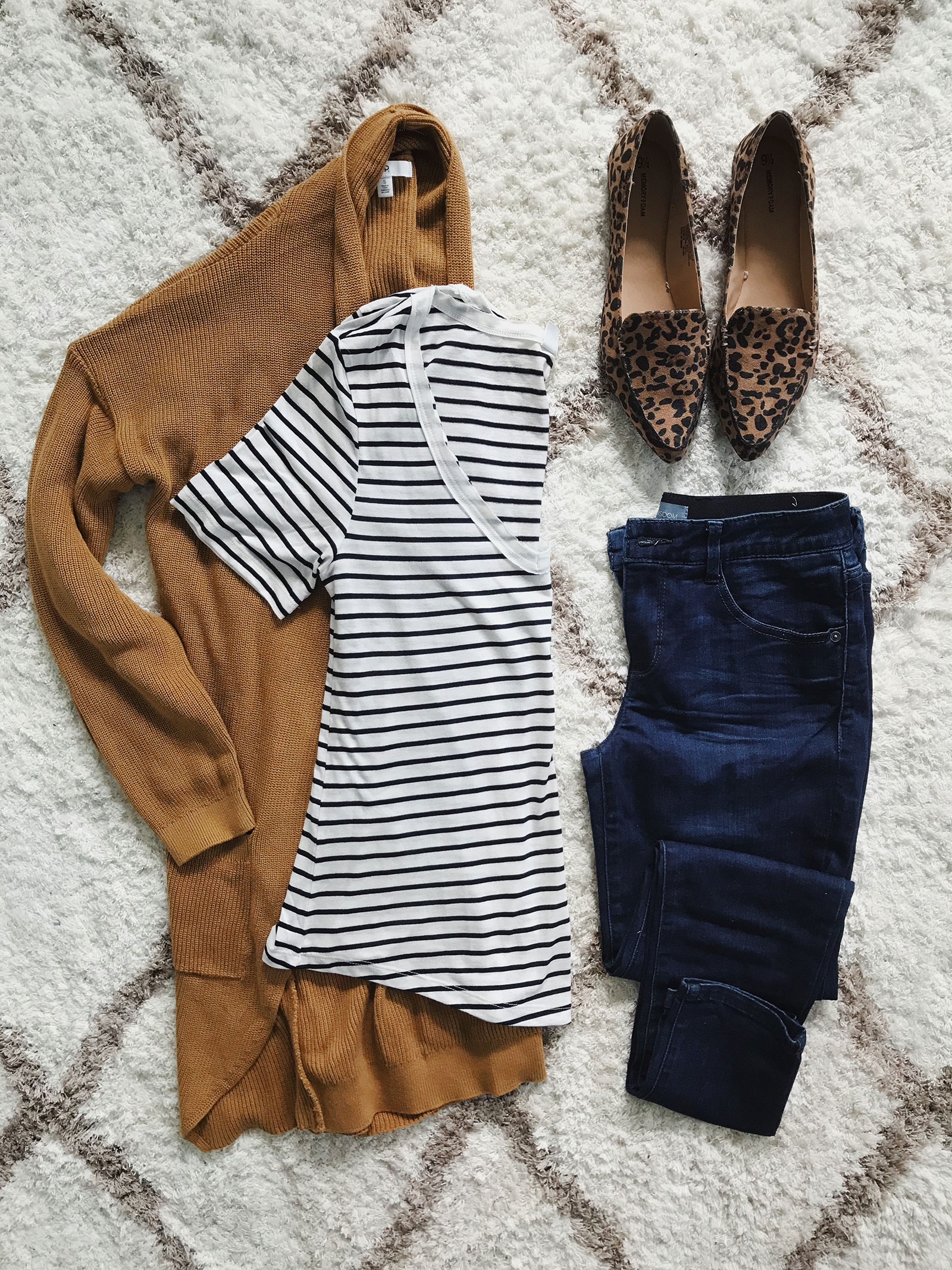 Fall outfit idea with camel cardigan, striped tee and leopard flats