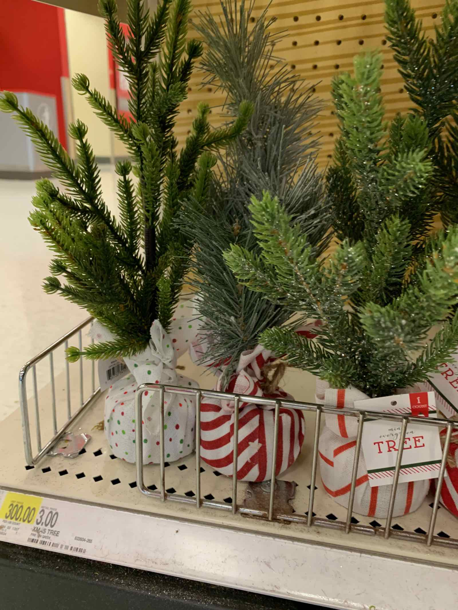 Target Dollar Spot finds for Christmas and Holiday 2019