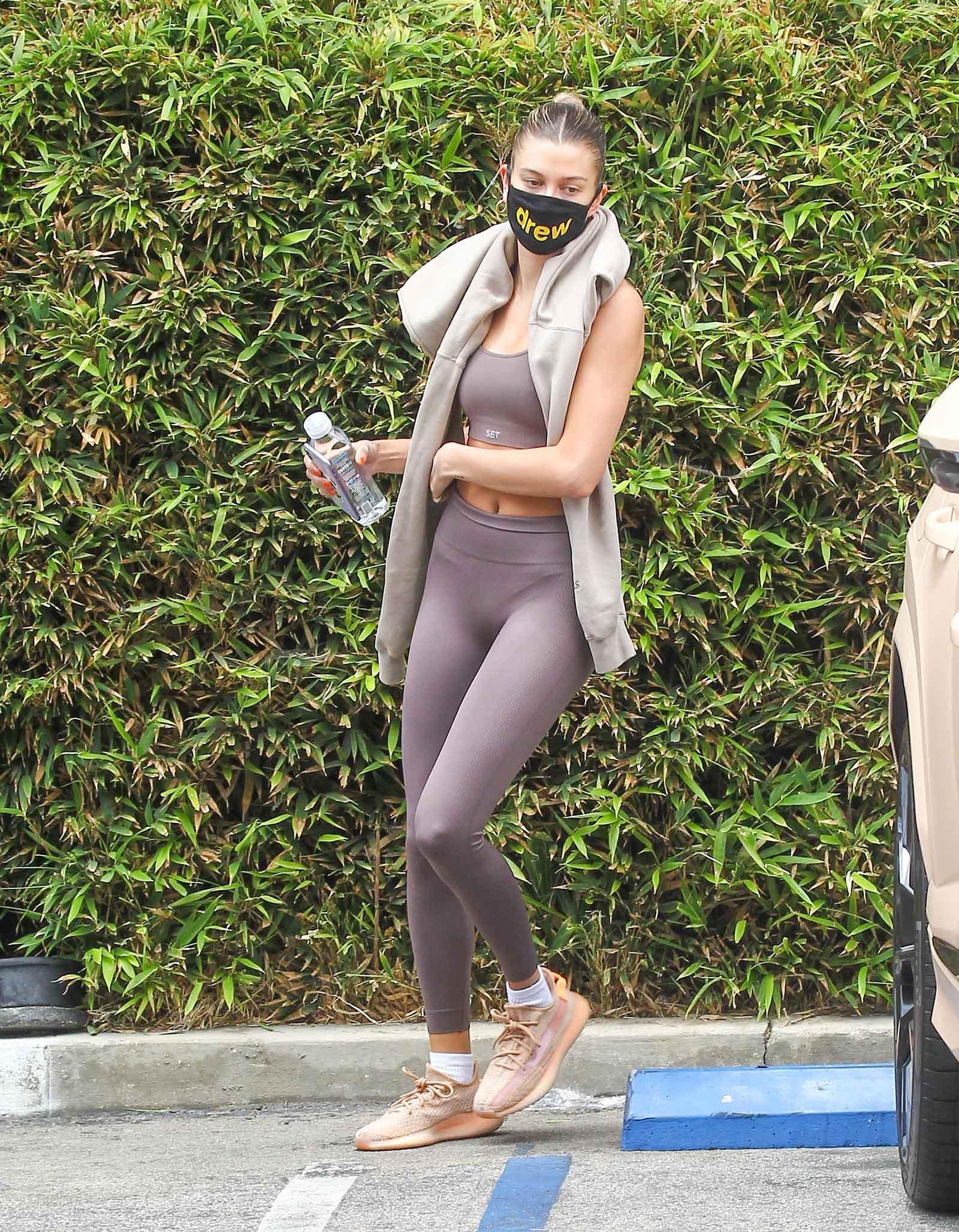 Hailey Bieber workout wear