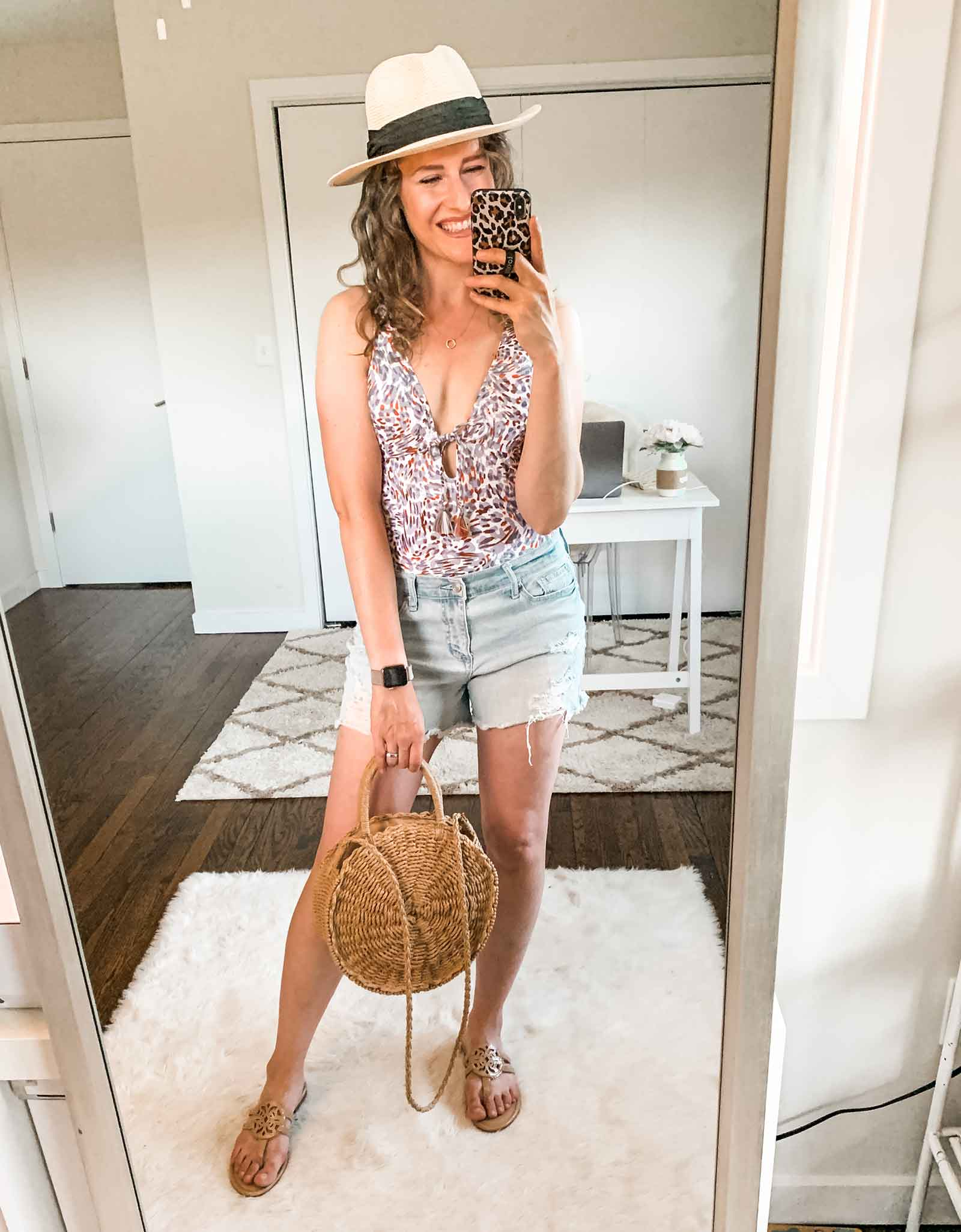 One piece bathing suits swimsuits under $25 at Walmart | The Budget Babe affordable style blog