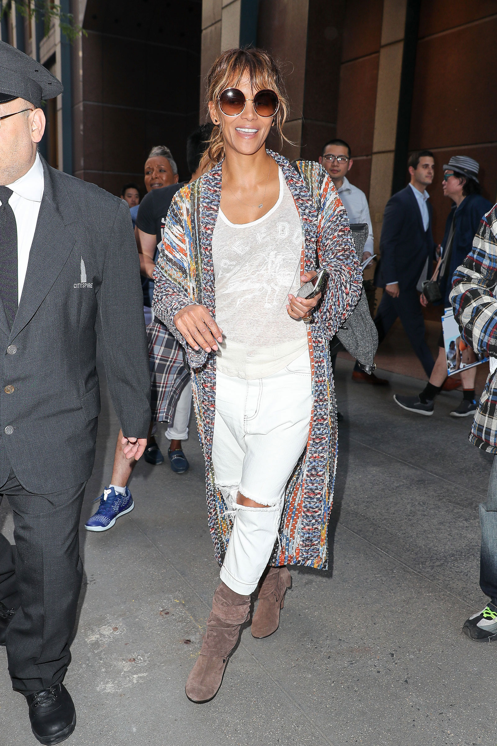 Halle Berry's One Teaspoon Boyfriend Jeans and Multicolor Cardigan