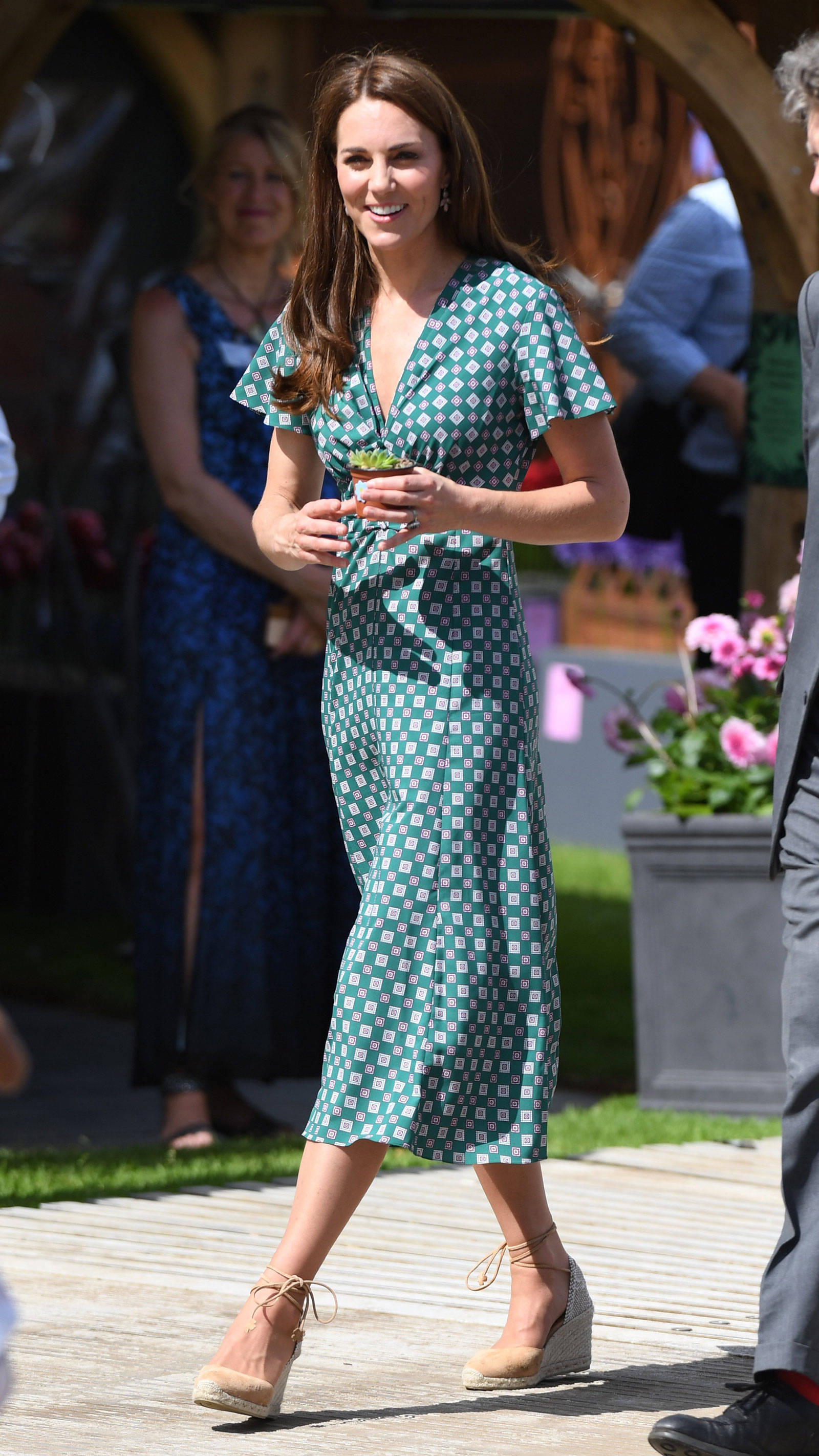 Kate Middleton Printed Green Midi Dress  and Wedges